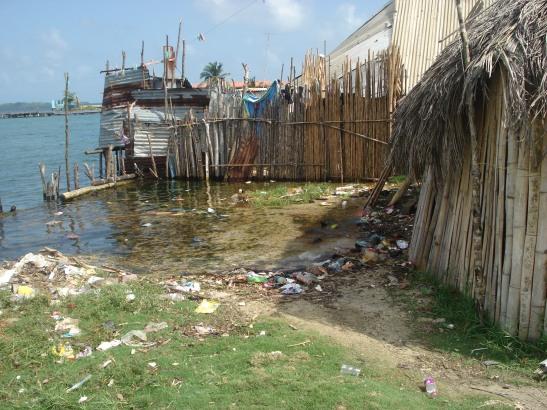 Sea level rise encroaching on the Kuna Yala community of the IPCCAs Panama local assessment (IPCCA 2014)